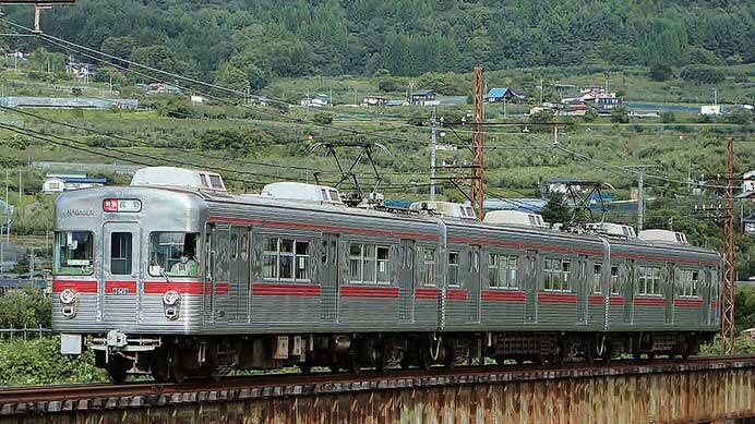 長野電鉄のイベント列車運行を考察